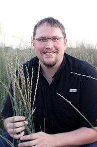 Researcher, doctoral student receive federal fellowships to study grain crops, dairy production strategies